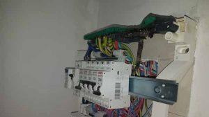 Connexion qui a chauffé par manque de serrage